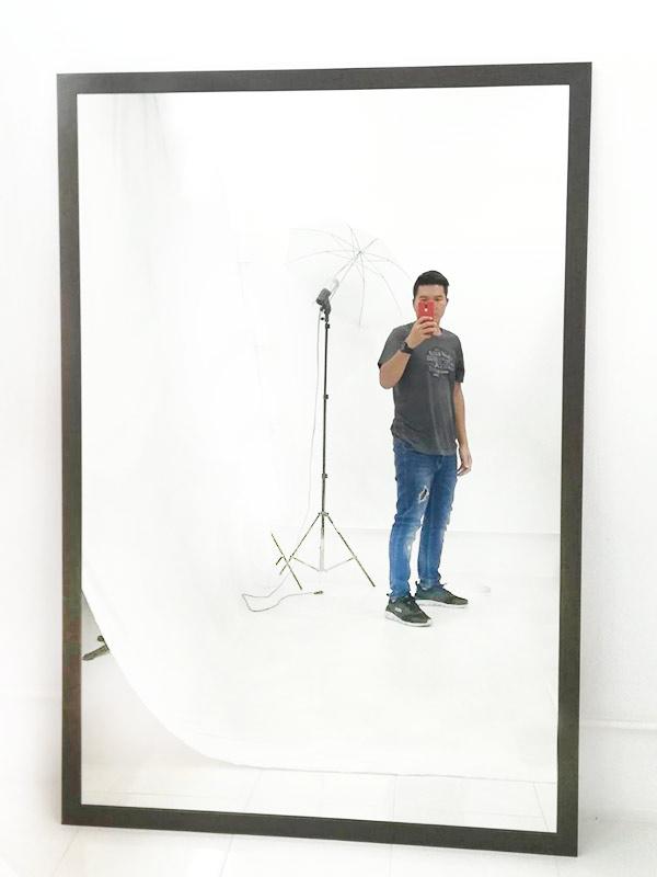 Posing Mirror